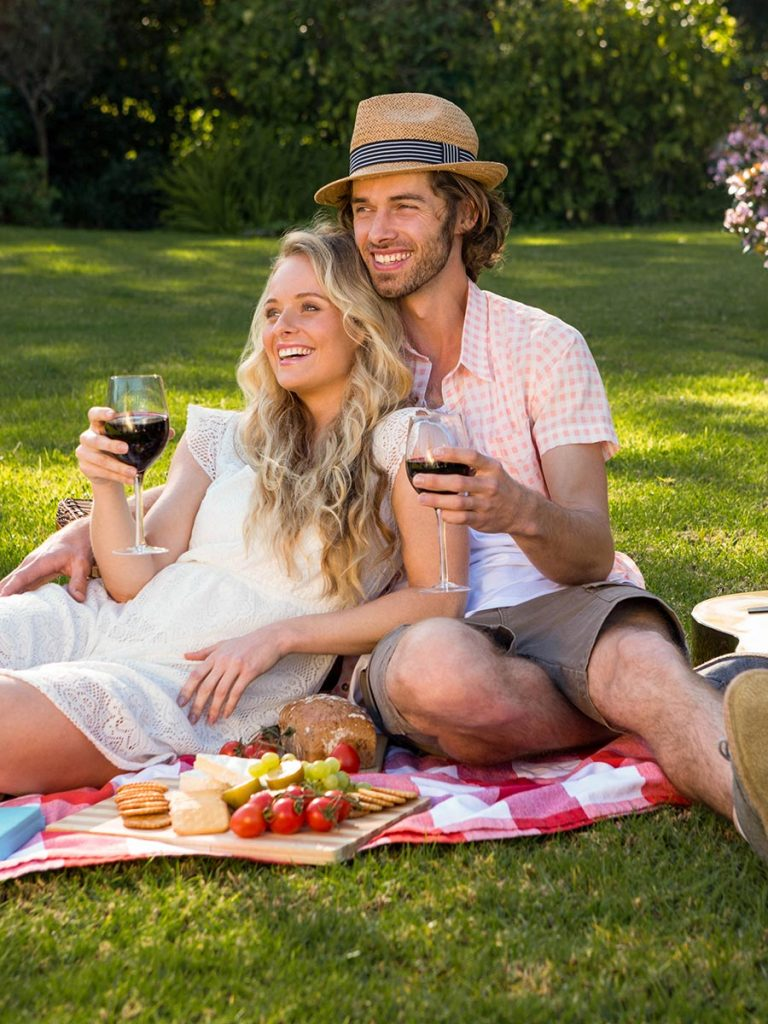 Couple enjoys a picnic