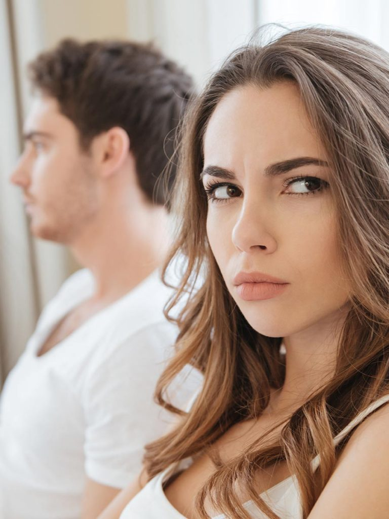 Unglückliches Pärchen vor der Beziehungspause